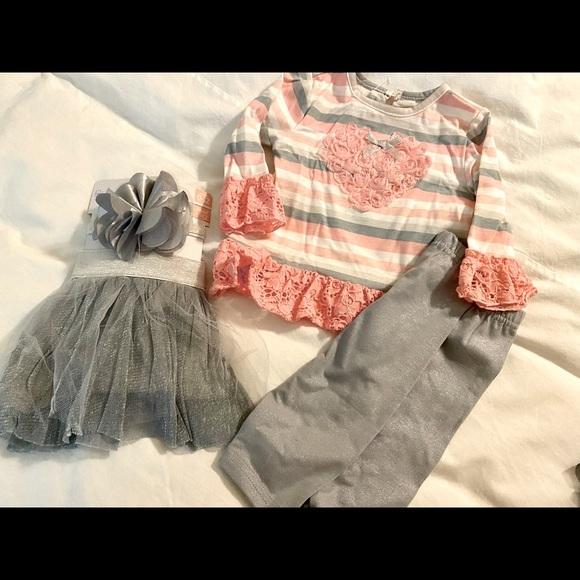 Nannette, 6 mos, 4 pieces,NWT. Coral stripe & grey